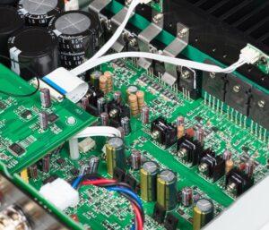 Amplificatore SA30 all'interno
