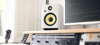 Monitor da studio KRK-Rocket-V8-C4