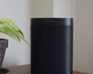 Sonos-One-main-pic.-300x300