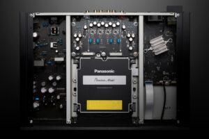 panasonic-ub9000-inside