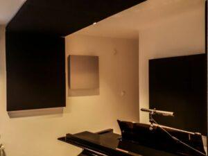 pannello acustico collocato nella sala piano (3)